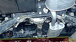 Ersetzen der Abgasanlage durch rostige Muttern für GAZ 31105