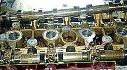 Ventileinstellung am Hyundai H-1