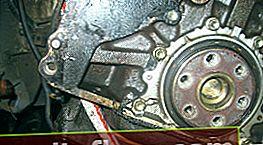 Austausch der Kurbelwellen-Öldichtung von Toyota Corona / Caldina